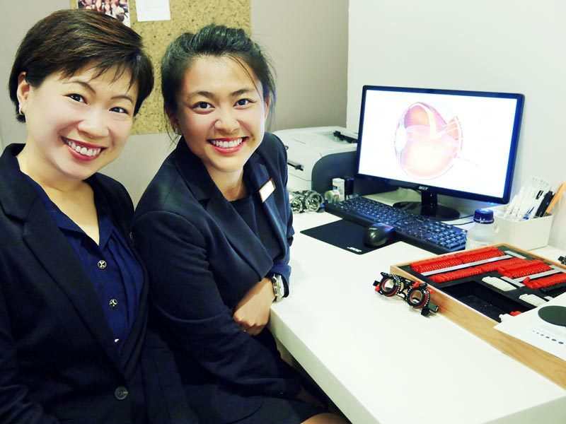 Asia-Pacific-Eye-Centre-Our-Team-Optometrists
